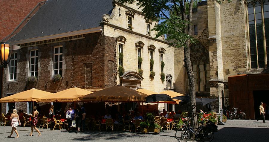 Dominicanenkerkplein Maastricht